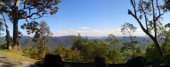 Jolly's Lookout at Mt Nebo
