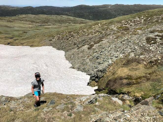 Hiking to the snow in Kosciuszko National Park