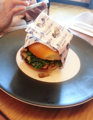 Pork shoulder in a brioche bun