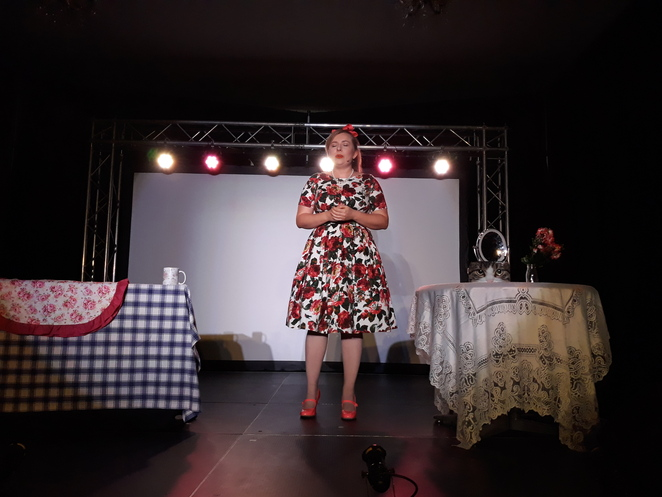 Adelaide fringe, gluttony, ladylike a modern guide to ettiquette, Louise Beuvnik.