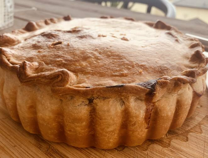 Beef and Onion Pie, Hot Pastry