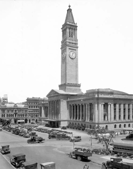 Brisbane City Hall circa 1932 (Courtesy of griculture And Stock Department, Publicity Branch)