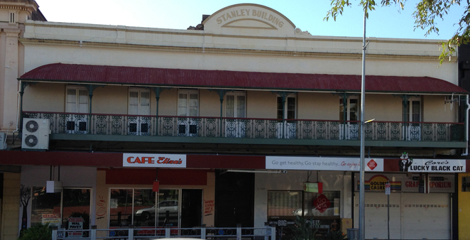 Cafes, Dining, Maryborough, Crystal Therapist