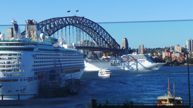 Cruising from Sydney Harbour