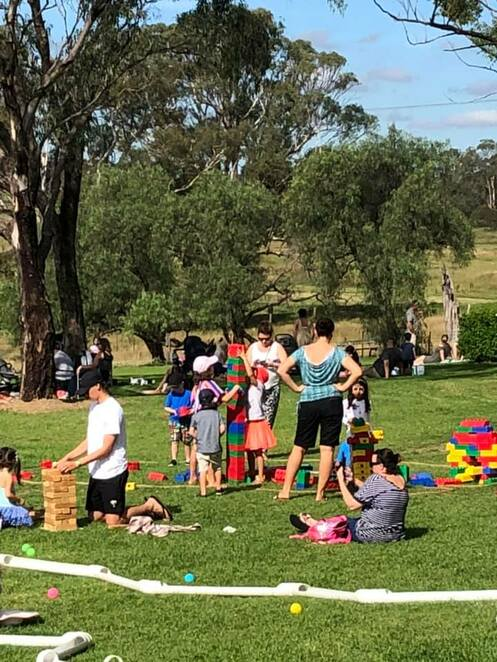 gledswood farm day 2019, community event, fun things to do, gledswood homestead and winery, billy tea and damper, stockman's camp, sheep shearing, dog working, boomerang throwing, whip cracking, garden games, jumping castle, cellar door wine tasting, craft beer, live music, gledswood bbq, food trucks, coffee truck, ice cream truck, entertainment, activities