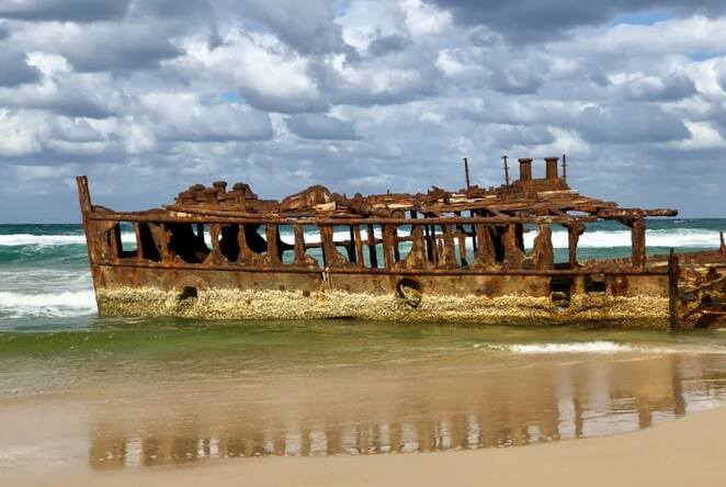 The Maheno Wreck is just 10Km from Dundubara Campground