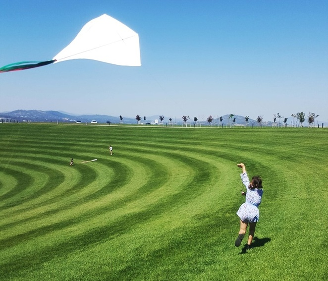 kite making, national arboruetm, canberra, ACT, things to do, school holidays, january, 2020, toddlers, primary school, kids, children, ACT, canberra events, forests, playgrounds, pod playground,