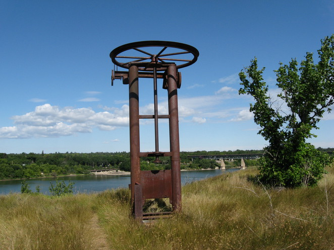 meewasin, valley, riverbank, ski jump, saskatoon, coulee