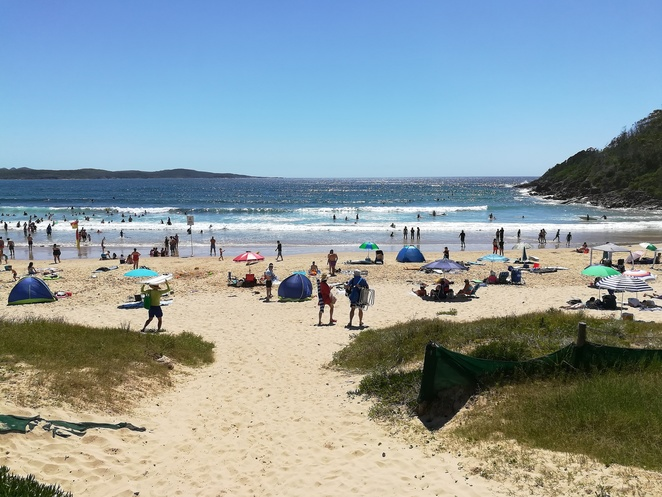 one mile beach, port stephens, nelson bay, anna bay, NSW, beaches, best beaches, road trips from sydney, beaches, surf beaches, family friendly beaches, things to do, best beaches in port stephens,