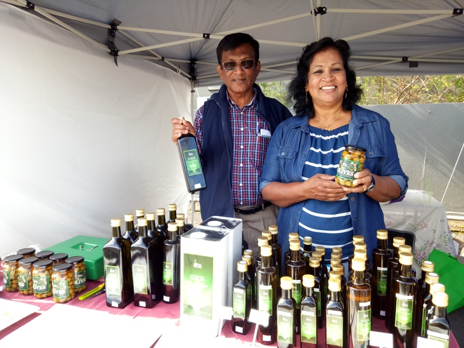 Selba farm, olive oil, honey, condiments, farmers market, eltham