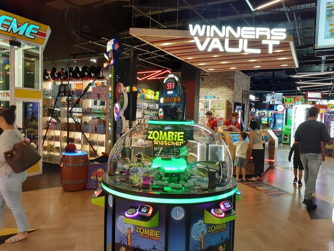 timezone, kotara, ten pin bowling, newcastle, games, rainy day, school holidays, kids, children, family, date night, the rooftop, hoyts, activities, indoor, date night ideas, ten pin bowling, laser tag, dodgem cars, NSW, timezone venues,