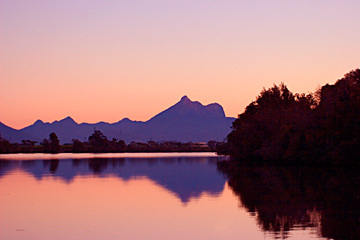 A view to Mount Warning from the Tweed River. Image is from the Berger Houseboats website.