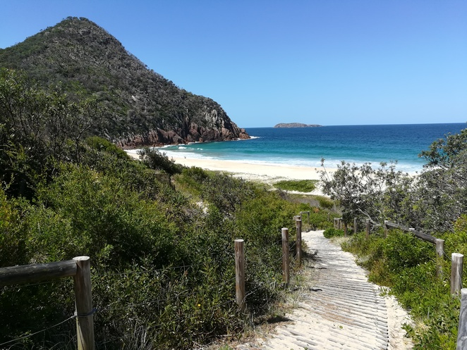 zenith beach, port stephens, nelson bay, shoal bay, walks, tomaree head walk, tomaree summit walk, zenith beach, beaches in port stephens, port stephens sanctuary, NSW, australia, walks,