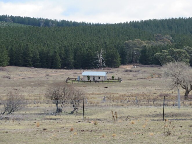 Canberra walks, hiking, local history, Queanbeyan, Canberra