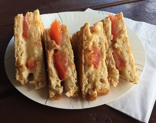 cheese,and,tomato,toasted,sandwich,at,cafe61