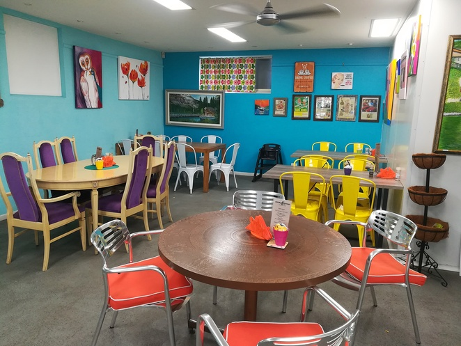 essence espresso, cafe, nelson bay, cafes, best, breakfast, lunch, coffee, takeaway coffee, cakes, morning tea, afternoon tea, colourful cafe, NSW, port stephens,
