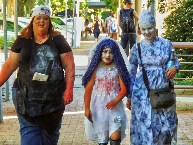 free things to do in adelaide, fun things to do, in adelaide, school holidays, adelaide kids, what to do in adelaide, activities for kids, free events, family entertainment, zombie walk