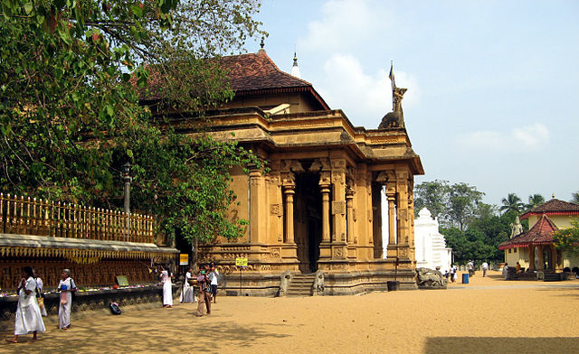 kelaniya, temples around colombo