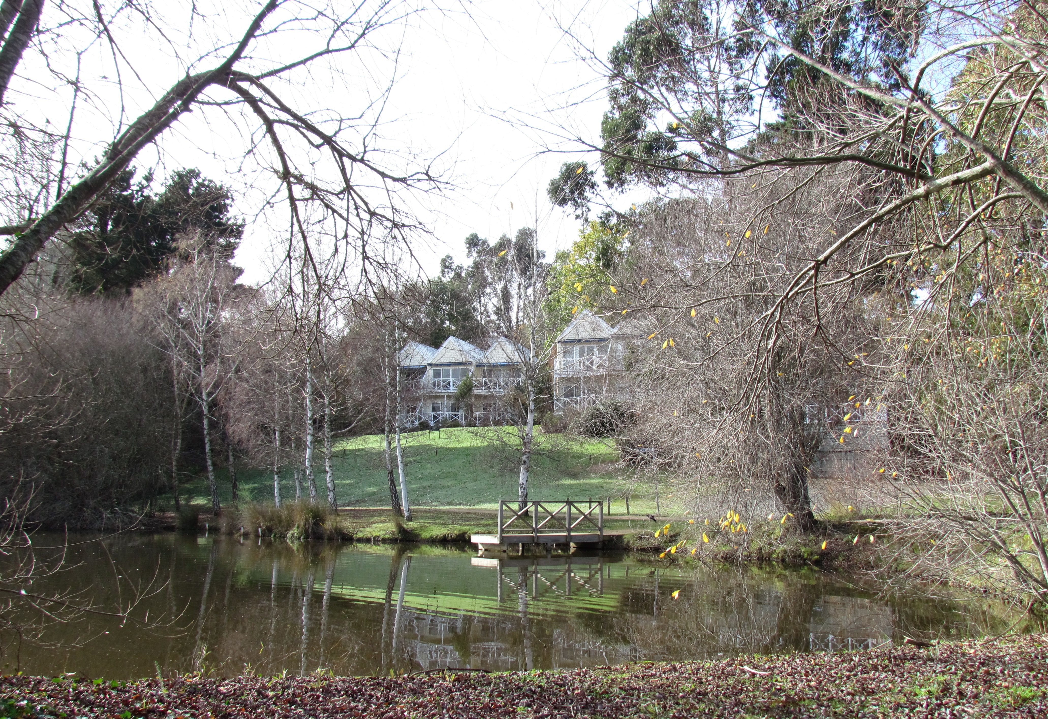 Lake house daylesford images