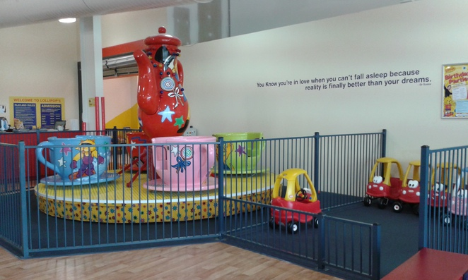 lollypops playland, majurs park shopping centre, canberra, ACT, indoor play centres, winter activities, indoor fun, parties, toddlers, preschoolers,