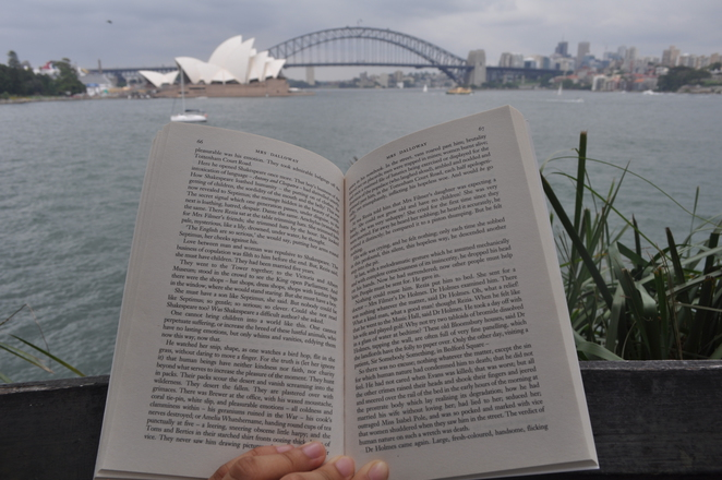 places to read in sydney