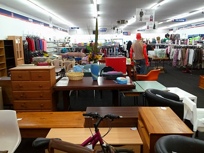 Where are the best second hand furniture stores in for Best cheap furniture stores