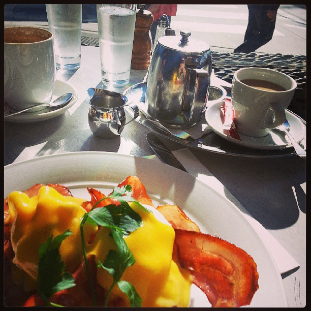 Stella Blu, Breakfast, Eggs Benedict, Dee Why Beach