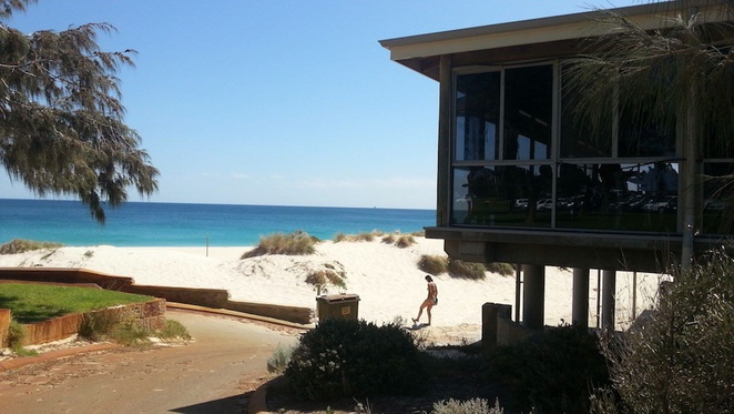 Beach Bars, Perth, Ocean Views, Clancys Fish Pub, City Beach