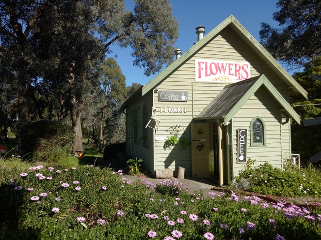 Cafe, florist, giftshop, rustic, church, gifts, vintage church, yan yean rd, special occasion flowers, candles,
