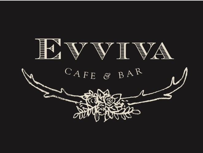 evviva cafe and bar, nelson bay, port stephens, breakfast, lunch dinner, courtyard, bar, drinks, art classes, live music, functions, NSW, best coffee, tapas, romantic,