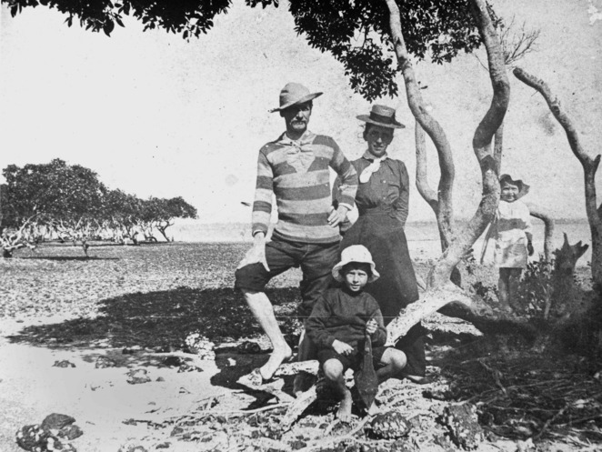 Family Outing at King Island 1890-1900