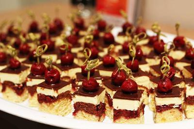 King of Cakes, Black Forest Slices