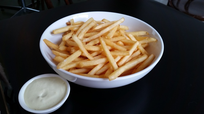 miss jackson cafe st kilda chips