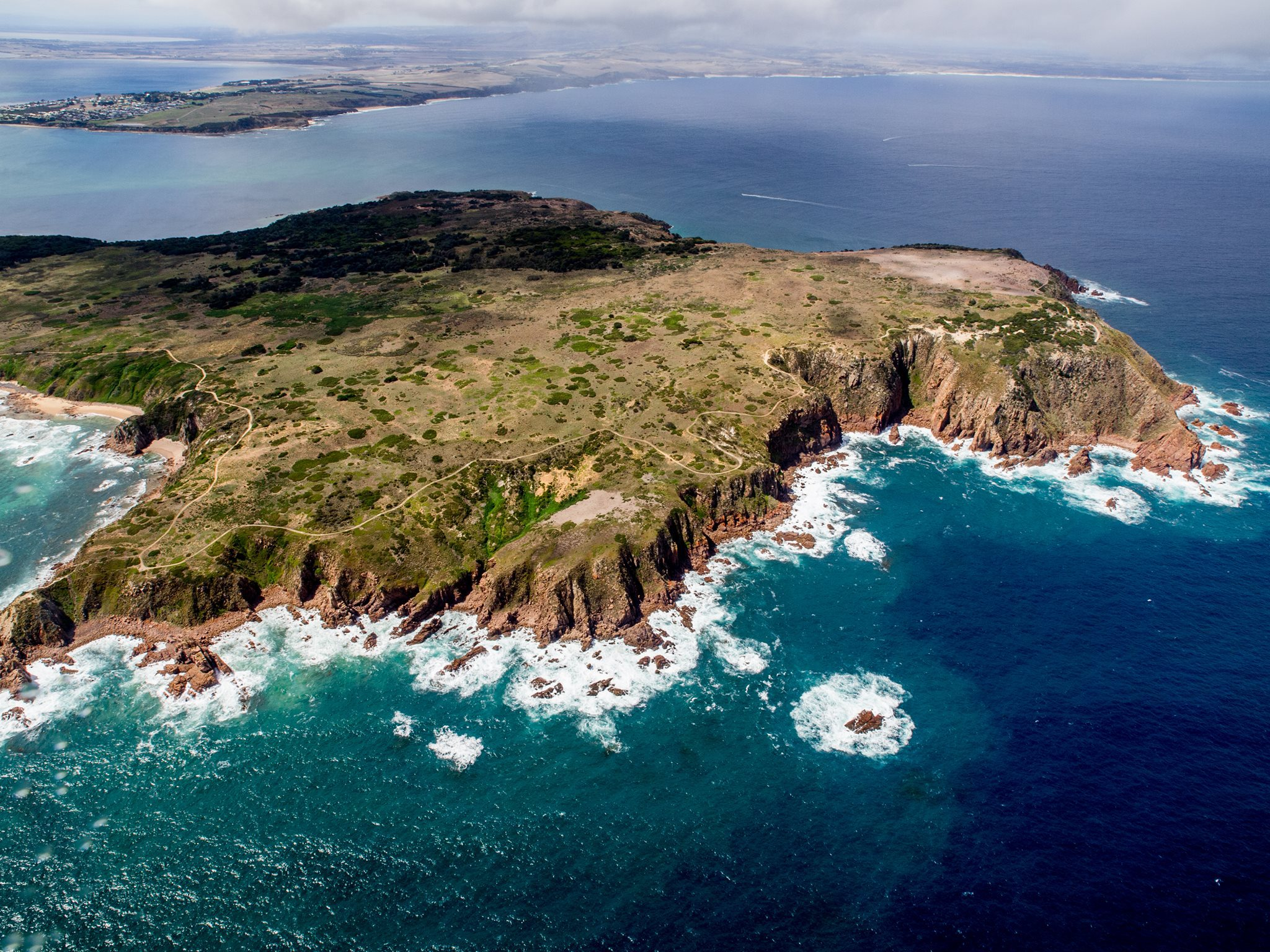 Phillip island helicopters ride melbourne for Beach house designs phillip island