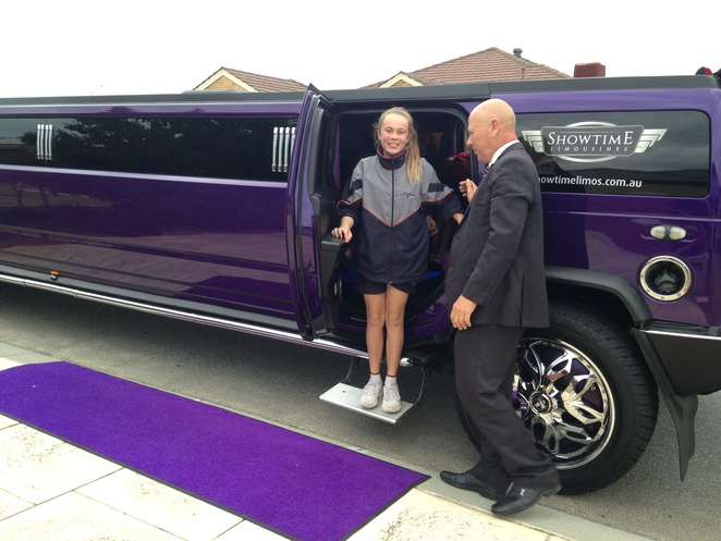 purple balloons, birthday party, purple stretch hummer, showtime limousines, different idea for party