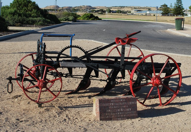 stump jump plough, plough, bowyer smith, australian inventions, australian inventors, farming inventions,