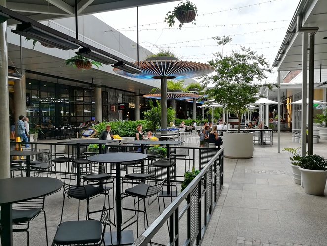 the courtyard, green hills, shopping centre, restaurants, cafes, breakfast, lunch, dinner, hoyts, timezone, newcastle, east maitland, NSW, stockland,