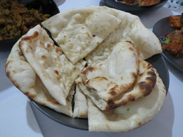 The Spice Route, Plain and Garlic Naan, Adelaide