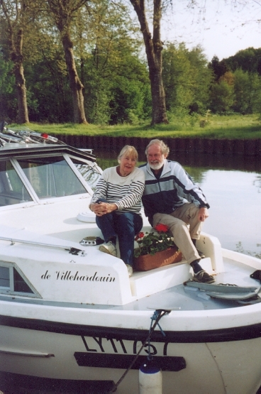 The Voyages of De Villehardouin, Cruising French Waterways, Canal Boat Travel, France, Valerie Helps and Geoffrey Bull