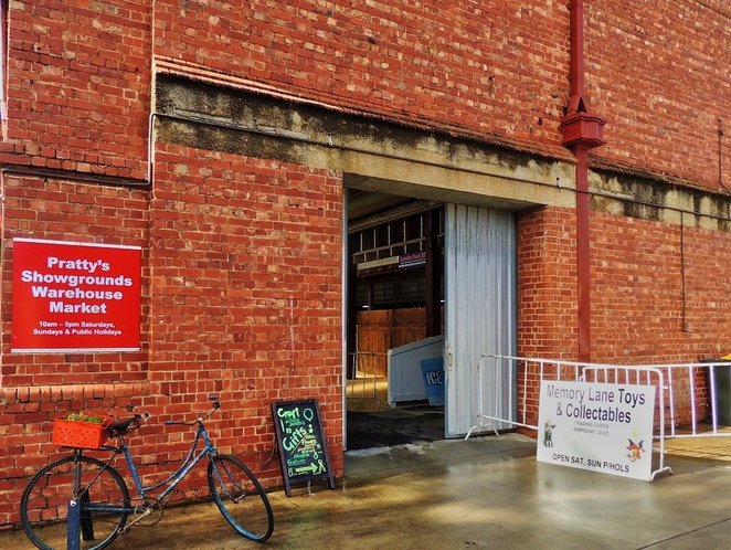 warehouse market, handmade crafts, artisan goods, in adelaide, antique furniture, second hand books, farmers market, bric a brac, adelaide showgrounds, dairy hall