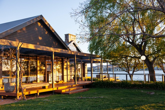 boat house, restuarant, canberra, boat house by the lake, valentines day 2017, ACT, canberra,