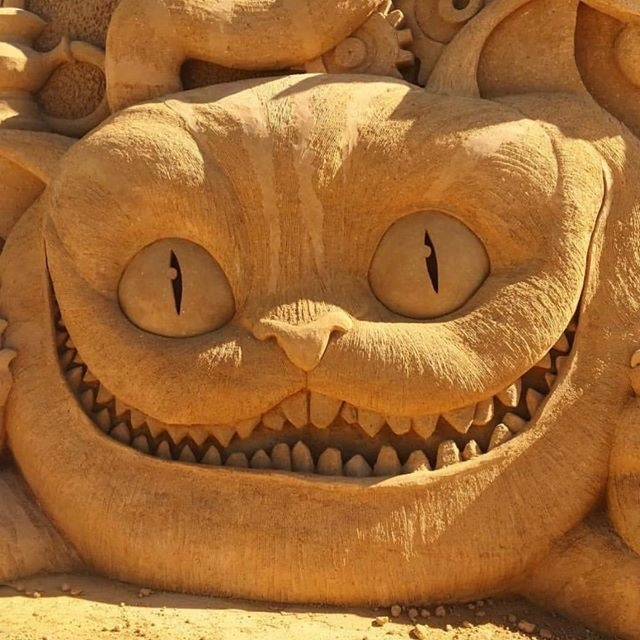 Cheshire Cat, Alice in Wonderland sand sculpture, Blacktown Showground