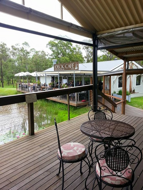 deck cafe, hunter valley accommodation, lovedale accommodation, hunter valley wineries