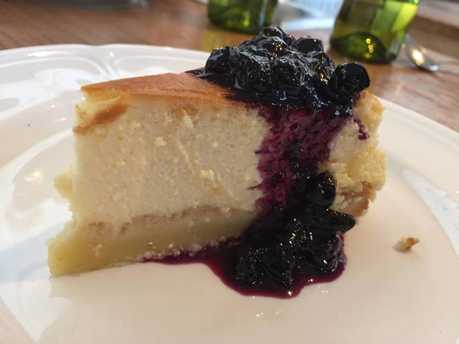 new york cheesecake baked blueberry compote
