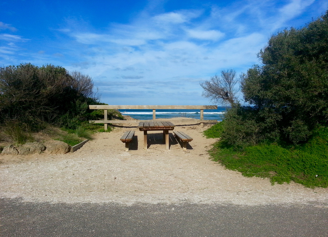 Ocean Grove, Rotunda, BBQ area, public barbecues, surf beach road, picnic area, picnic spot, beach, picnic table,
