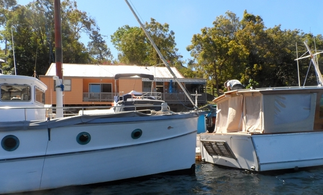 pittwater boat hire, cowan creek, cottage point, cottage point boat hire, smiths creek, akuna bay
