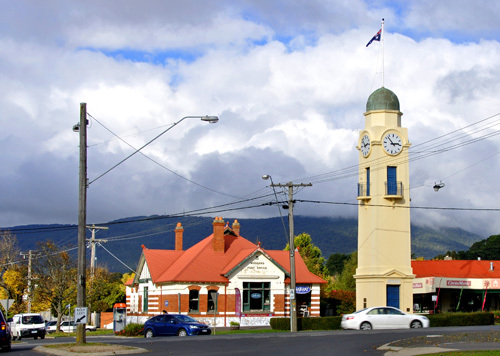 Victoria Melbourne Macedon Ranges Mount Travel Get Out Of Town Escape The City Natural Attractions Wildlife Family Fun