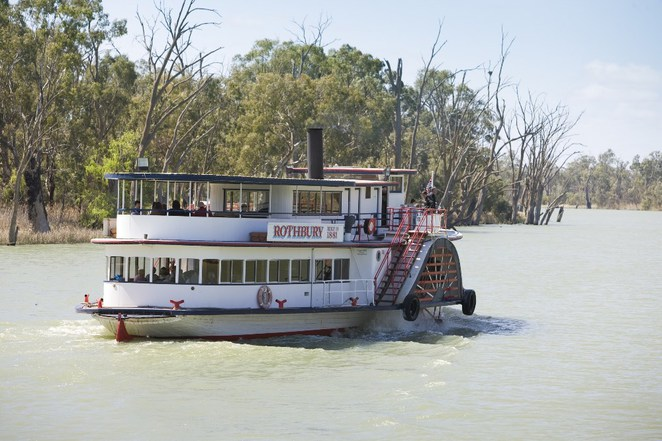 Victoria's Best Road Trips, Touring the Murray