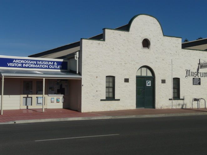 Ardrossan, museum, front