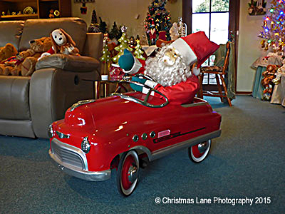 Christmas, lights, display, pegandbill, Lobethal, 2016, Santa, car